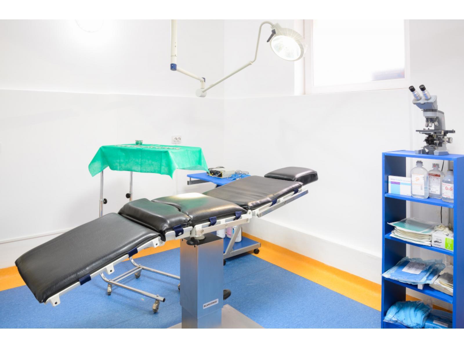 Dermisana-Clinica Dermato-estetica - 1_(14).JPG